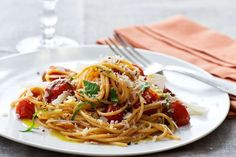 Cherry Tomato Spaghetti recipe by Giada De Laurentiis | This quick-and-easy pasta dish makes use of the still-in-season, supersweet cherry and sun gold tomatoes