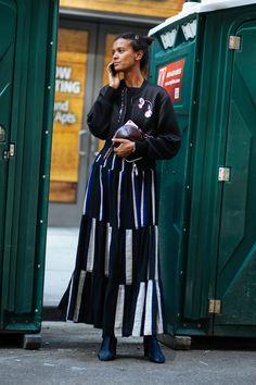 It's+Baaack:+'Tis+The+Season+For+Street+Style+#refinery29+http://www.refinery29.com/2017/09/171405/new-york-fashion-week-street-style-spring-2018#slide-43