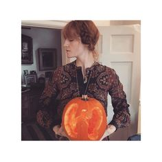 @florence sporting a pumpkin and an iconic paisley dress from the 2016/2017 autumn winter collection #ETRO #ETROWoman #ETROCelebs