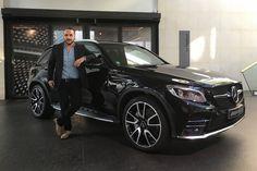 François-Xavier Demaison, acteur français et ambassadeur Mercedes-Benz, vient de recevoir son Mercedes-AMG GLC 43 4MATIC