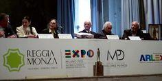 Presentazione del Premio ARLEX al Teatrino di corte della Reggia di Monza con il Direttore Lorenzo Lamperti — i, Carla Fracci, Dolores Puthod, Enrico Intra, Ferruccio Soleri