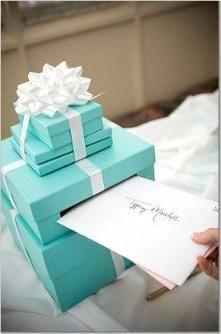 Tiffany blue Wedding Paint Cardboard boxes to make our own card box Blue Blue Wedding Inspiration Ideas Perfect Wedding, Dream Wedding, Wedding Day, Wedding Reception, Wedding Photos, Wedding Stuff, Money Box Wedding, Wedding Orange, Wedding Pins