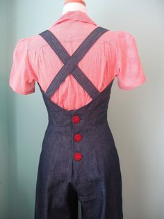 You are looking at 1930s - 1940s VINTAGE STYLE denim overalls. It is great reproduction! (not vintage) Made from vintage pattern and I
