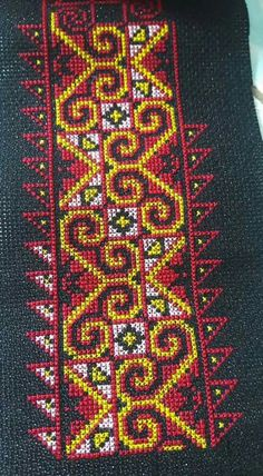 Yellow and red on black cross stitch. Cross Stitching, Cross Stitch Embroidery, Embroidery Patterns, Sewing Patterns, Cross Stitch Designs, Cross Stitch Patterns, Palestinian Embroidery, Pink Tone, Needlepoint