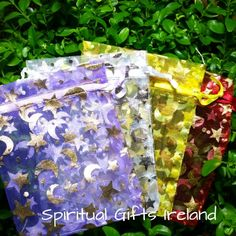 Moon and Star Organza Bag.  Moon and Stars organza drawstring gift bag.   Perfect for small gift items, jewellery or crystals. Assorted colours.  Colours vary. Price is for a single bag. Bag size: 120mm x 90mm.  Shop now at : www.spiritualgiftsireland.com Follow us on www.facebook.com/spiritualgiftsireland www.instagram.com/spiritualgiftsireland www.etsy.com/shop/spiritualgiftireland