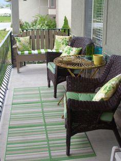 Cool small front porch design ideas 28