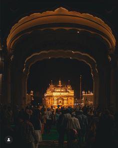 ਇਕ ਵਾਰ ਵਾਹਿਗੁਰੂ ਜੀ ਜਰੂਰ ਲਿਖੋ ਜੀ ………………… – Trendy Lately Golden Temple Wallpaper, Guru Nanak Photo, Guru Nanak Wallpaper, Golden Temple Amritsar, Harmandir Sahib, Sri Guru Granth Sahib, Guru Pics, Temple India, Religious Photos