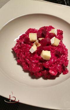Risoto também é uma boa sugestão de comida para o inverno, este de beterraba, com queijo brie e nozes é ótimo para te esquentar nos dias mais frios.