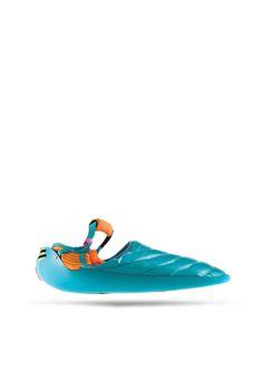 Nike Design, Best Shoes For Men, Slingshot, Designer Socks, Bape, Crazy Shoes, Beautiful Shoes, Fasion, Slippers