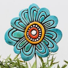 Flower garden decor - garden art- abstract plant stake - lawn ornament - ceramic and metal - hibiscus yellow Clay Art Projects, Ceramics Projects, Ceramic Flowers, Clay Flowers, Garden Whimsy, Garden Art, Glass Garden, Pottery Classes, Clay Figures