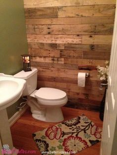 Pallets Upcycled Bathroom Wall