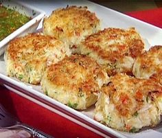 Joe's Crab Shack Crab Cakes 2/3 cup mayonnaise 5 egg yolks 2 teaspoons lemon juice 2 tablespoons Worcestershire sauce 2 teaspoons Dijon mustard 2 teaspoons black pepper 1/4 teaspoon salt 1/4 teaspoon blackening seasoning 1/4 teaspoon crushed red pepper flakes 1/2 cup crushed, chopped parsley 2 1/2 cups breadcrumbs 2 lbs crabmeat Directions: Mix all ingredients together. Make into 4 oz. patties Coat with flour and fry in 1 inch of oil until golden brown.  ---  thinking you could bake instead…