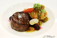 Beautiful fillet of beef #weddingmenu #maincourse Food Truck Wedding, Wedding Catering, Catering Events, Stew Meat Recipes, Gourmet Recipes, Nutrition Drinks, Culinary Arts, Entrees, Beef