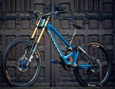 Customizing Your Bicycle Rims Best Mountain Bikes, Mountain Bike Trails, Mtb Enduro, Freeride Mtb, Mtb Parts, Mt Bike, Moutain Bike, Bicycle Rims, Wild Sports