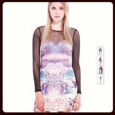 Ancora #saldi  #vestito #in #neoprene di #bershka da €35,99 #scontato a €19,99 ;-)   Date uno sguardo anche al #mio #post, dove parlo di un #cappottino di neoprene.  http://www.looklikeamodel.it/2013/12/consigli-per-i-regali-di-natale-su.html  #llam #looklikeamodel #fashionblogger #personalshopper #personalshopperllam #shopping #sale #saldi #iconsiglidillam