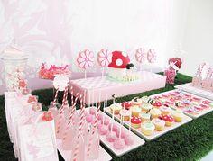 dulces, mesa de dulces, meriendas, rosa    www.LaBelleCarte.com