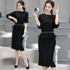 ชุดเซ็ทเสื้อกระโปรงสีดำแนวเรียบ สวย ดูดี    Tags : ชุดเดรสสีดำ, แฟชั่นสีดำ, การแต่งตัสชุดสีดำ, แฟชั่นเกาหลี, ร้านเสื้อผ้าออนไลน์, แฟชั่นโทนสีดำ