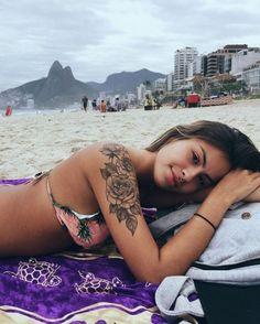 47 schöne Blumen Tattoo Designs – Diy-Mode – tattoos for women half sleeve Tattoo Girls, Girl Tattoos, Tatoos, Half Sleeve Tattoos Designs, Flower Tattoo Designs, Tattoo Flowers, Flower Arm Tattoos, Neue Tattoos, Body Art Tattoos