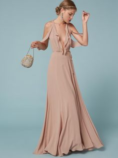 Dresses for bridesmaids or just those attending their wedding this year. This is a floor length, wrap dress with a ruffled cold shoulder and ruffle edged bodice. Evening Outfits, Evening Gowns, Bridesmaid Dresses, Prom Dresses, Formal Dresses, Bridesmaids, Simple Dresses, Pretty Dresses, Resort Wear Dresses