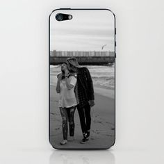 """Lana Del Rey Now en Twitter: """"Exclusive! LDR """"West Coast"""" iPhone & iPod skins and cases, featuring a new outtake! http://t.co/7L9oErz7j5 http://t.co/VYvxoiwQ2p"""""""