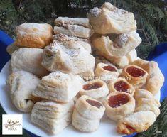 Hájas - leveles sütemények **Katt a képre, ha érdekel a receptje is** Izu, Camembert Cheese, Dairy, Bread, Chicken, Desserts, Food, Recipes, Tailgate Desserts