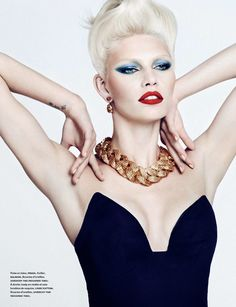Aline Weber by Txema Yeste for Numero March 2014 Jewelry Editorial, Beauty Editorial, Editorial Fashion, Beautiful Models, Beautiful Eyes, Beautiful People, Grey Fashion, Daily Fashion, Fashion 2014