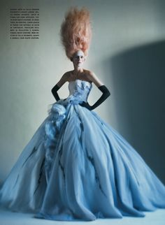 Stella Tennant photographed by Paolo Roversi - Vogue Italia: March 2011 - It's All About Couture