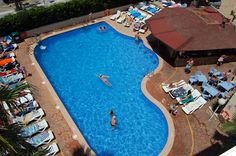 Swimming pool & pool bar, Hotel Villamarina Club (Salou - Spain)