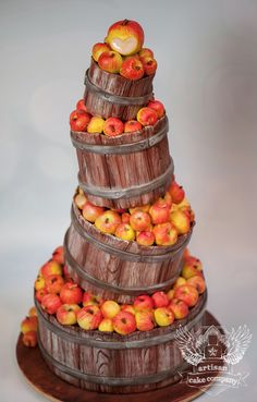 Apples and Barrels cake by Artisan Cake Company.