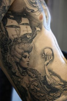 this is by far the most amazing tattoo I have ever seen. I LOVE it. <3