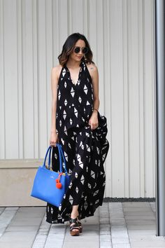 printed dress, platform sandals & Elaine Turner tote with pom pom detail