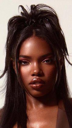 Pretty Black Girls, Beautiful Black Girl, Dead Gorgeous, Black Girl Aesthetic, Aesthetic Hair, Baddie Hairstyles, Black Girls Hairstyles, 2000s Hairstyles, Trendy Hairstyles