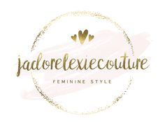 A feminine style blogger passionate about feminine fashion while helping others achieve elegant style through guides, lifestyle posts & styling services.