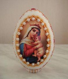 """""""Отчаянных единая надежда"""" Easter Eggs, Snow Globes, Eggs, Manualidades, Goblin"""