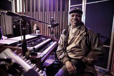 Booker T. Jones                                              He's awesome :) Oboe, Trombone, Music Lessons, Guitar Lessons, Booker T Jones, Child Prodigy, Stevie Wonder, Piano, Trumpet