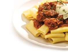 This slow cooker makes a generous batch of beef ragout that is perfect to serve as a hearty sauce, or as a over cooked potatoes. Crock Pot Slow Cooker, Slow Cooker Recipes, Crockpot Recipes, Cooking Recipes, Beef Ragout, Anna Olson, Pasta Noodles, Rigatoni, Winter Recipes