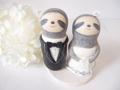 Tara showed me a sloth cake topper long before we were even engaged and I STILL WANT ONE. This one is perfect.