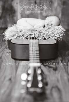way cute.. idea can be with any larger instrument, maybe a saddle, military uniform?