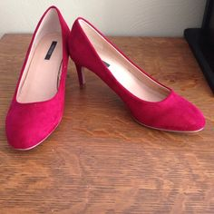 Forever 21 pumps /size 6. Cute dark red. Worn once Forever 21 pumps /size 6. Cute dark red. Worn once. Fast shipping. Bundle discount Forever 21 Shoes Heels