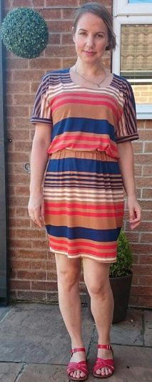 Julie's jersey Bettine dress - sewing pattern by Tilly and the Buttons