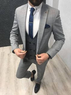 Size Suit material: washable : No Fitting :Slim-fit Remarks: Dry Cleaner Shipping Metod : DHL Size ( 48 Size ( 50 Size ( - 52 Size ( - 54 Size ( 56 Size - measurements in photo Height : Grey Slim Fit Suit, Mens Tailored Suits, Grey Suit Men, Mens Suits, Gray Suits, Best Suits For Men, Cool Suits, Marriage Suits, Gray Groomsmen Suits