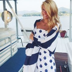 Christy Brinkley - Classic preppy style at any age Preppy Southern, Southern Belle, Southern Prep, Preppy Style, My Style, Summer Outfits, Cute Outfits, Nautical Fashion, Nautical Style