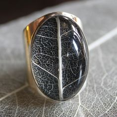 I'm in love. 4 Seasons ring - Spring (silver/resin) from Pantheia