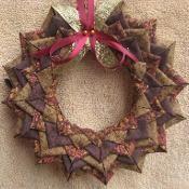 No Sew Wreath Pattern - via @Craftsy