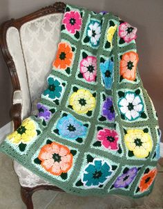 Crochet Afghan - Flower Blocks