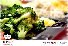 Στα #Μongo #Asian #Food διαλέγουμε από τον πλούσιο μπουφέ όλα αυτα που αγαπάμε και στηρίζουν την υγιεινή διατροφή μας Στην κουζίνα οι #Chef συνδυάζουν τα πιο φρέσκα υλικά με τον μικρότερο χρόνο και τον πιο υγιεινό τρόπο #μαγειρέματος χρησιμοποιώντας #wok έτσι ώστε να διατηρούνται τα περισσότερα από τα θρεπτικά συστατικά.