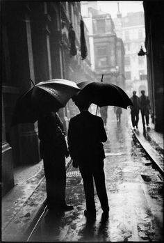 a chat in the rain