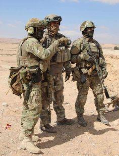 Спецназовцы сил специальных операций экипированы по последнему слову Фото: Александр КОЦ
