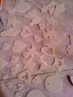Pasta+di+sale+per+decorazioni+Natalizie+ricetta+fai+da+te+diy