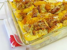 Peaches & Cream Gluten Free Breakfast Bake (or use your favorite fruit) - similar to French Toast and Bread Pudding - http://glutenfreerecipebox.com/peaches-cream-gluten-free-breakfast-bake/ #glutenfree #glutenfreerecipes